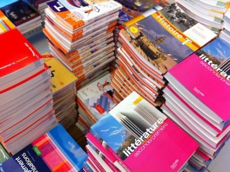manuels-scolaires-464x346